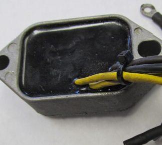 voltage regulator 582377